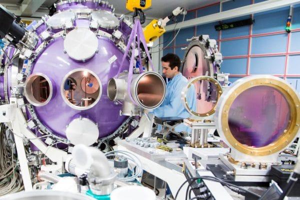 Laboratoire pour l'Utilisation des Lasers Intenses (LULI) de l'Ecole polytechnique