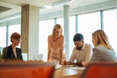 Réunion d'équipe, réunion de travail